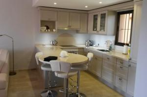 Apartment refurbishing, 3D design, kitchen and bath rooms, project planning, new installations