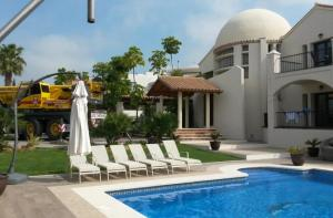 Heat Pump installation for air conditioning and heating in Marbella