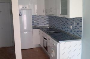 Reform Marbella, electric and plumbing, kitchen furniture, tiling, electrical appliances